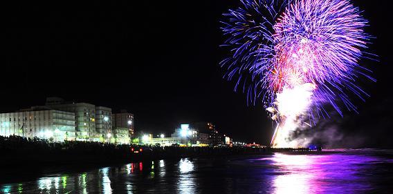 Monte Hermoso recibió el nuevo año iluminado