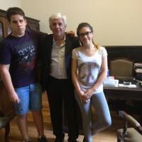 El senador provincial Alejandro Dichiara otorgó becas a estudiantes montehermoseños