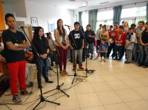 Los adolescentes de Envión cerraron el año con una muestra, diplomas y música en vivo